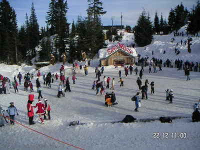 A Real Winter Wonderland Christmas On Grouse Mountain