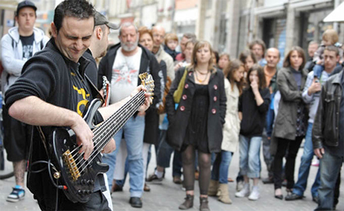 On June 21, 2011, the Fête de la Musique comes to Vancouver for the first time.