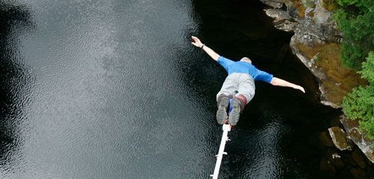 Bungy jumping at Wildplay Nanaimo. Photo: Wildplay Element Parks