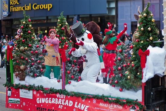 Vancouver Christmas Parade.9th Annual Rogers Santa Claus Parade Dec 2 2012 Inside