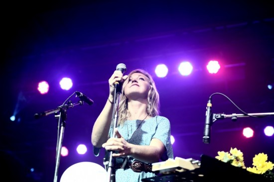 Ashleigh Ball Hey Ocean Summer Live concert photo