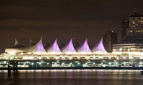 Canada Place before Earth Hour | Photo: WWF-Canada/Flickr