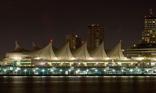 Canada Place during Earth Hour | Photo: WWF-Canada/Flickr