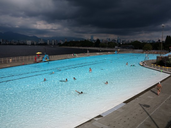 Kitsilano Pool by albategenius
