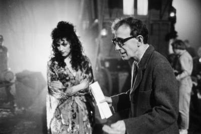 Madonna and Woody Allen on the set of Shadows and Fog. Photo: ultimatemadonna-xavier69.blogspot.ca.