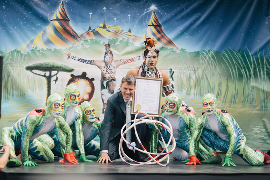 Celebrating 30 years of Cirque! Mayor Gregor Robertson proclaims June 16 Cirque de Soleil day in Vancouver