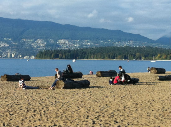 Kitsilano Beach in early October | Carolyn Ali photo.