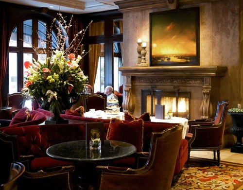 The lounge adjacent to Bacchus Restaurant is a great place to relax after a Thanksgiving feast.