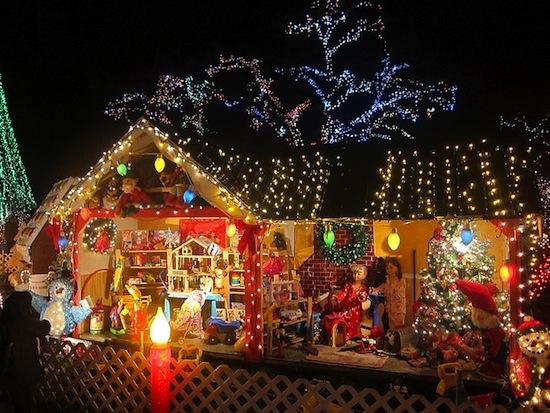 Vancouver S Best Light Displays Christmas Karaoke In 1