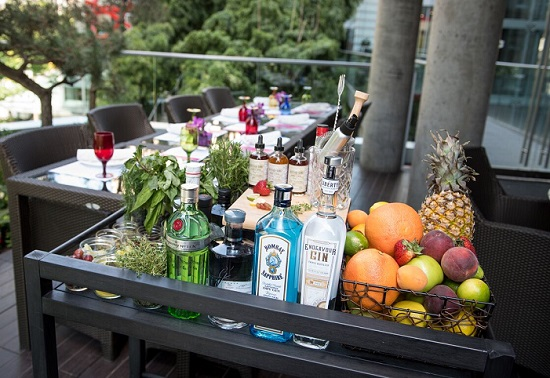 gin and tonic cart