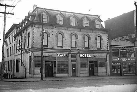 The Yale Hotel circa 1944