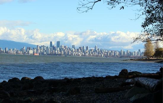 Discover-Outdoors-Pacific-Spirit-Regional-Park-skyline