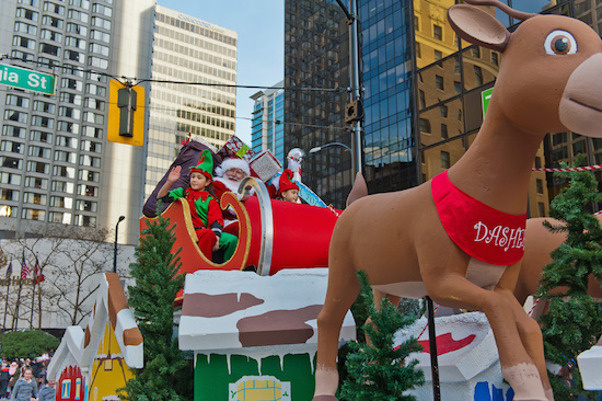 Image sourced from rogersantaclausparade.com
