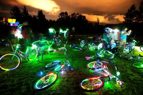 vancouver bike rave