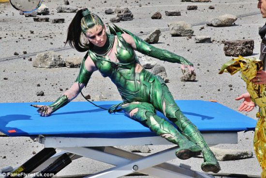 On a shoot for Power Rangers, Elizabeth Banks is decked out in her Rita Repulsa costume. Photo: FameFlynet.uk.com