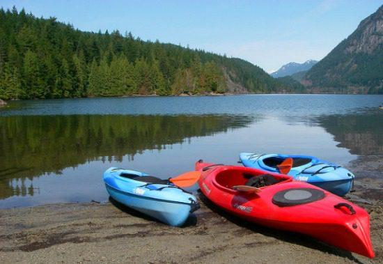 Buntzen Lake | Photo: Flickr
