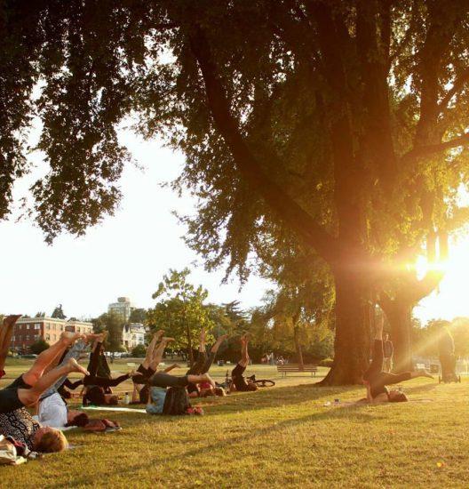 Outdoor yoga vancouver 2016