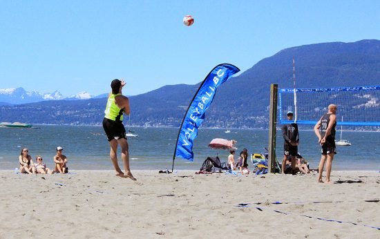 Discover Outdoors Vancouver Volleyball8