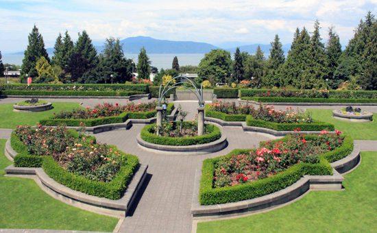 Discover Outdoors UBC Rose Garden2