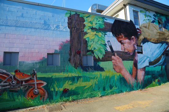 Mural by Ilya Viryachev, @GODZILYA, and James Knight @FOURHUNDREDML