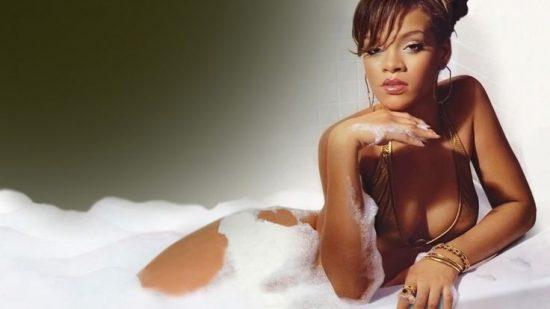 Will Rihanna take a shower—or a bath—at Bates Motel?