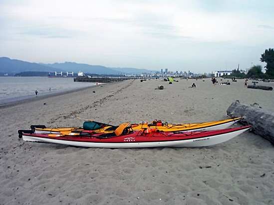 spanish-banks-kayak-discover-the-outdoors2