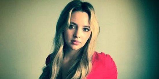 Natasha Bassett plays Britney Spears in Britney