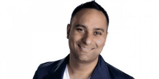 Comedian Russell Peters will star in Public Schooled.