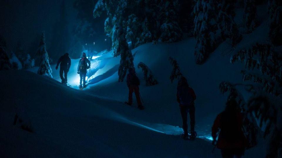 grouse full moon snowshoe tours