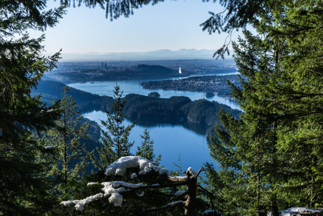 View from the Diez Vistas trail near Vancouver, BC