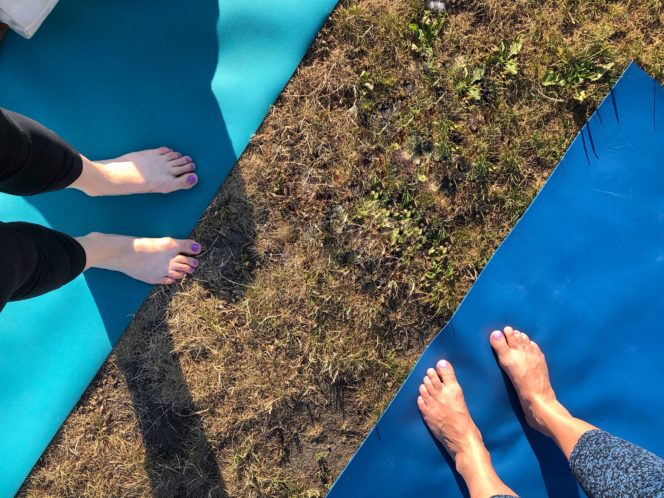 Vancouver outdoor yoga