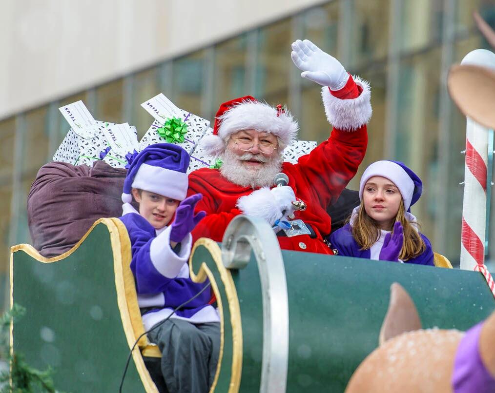 TELUS Santa claus parade 2019
