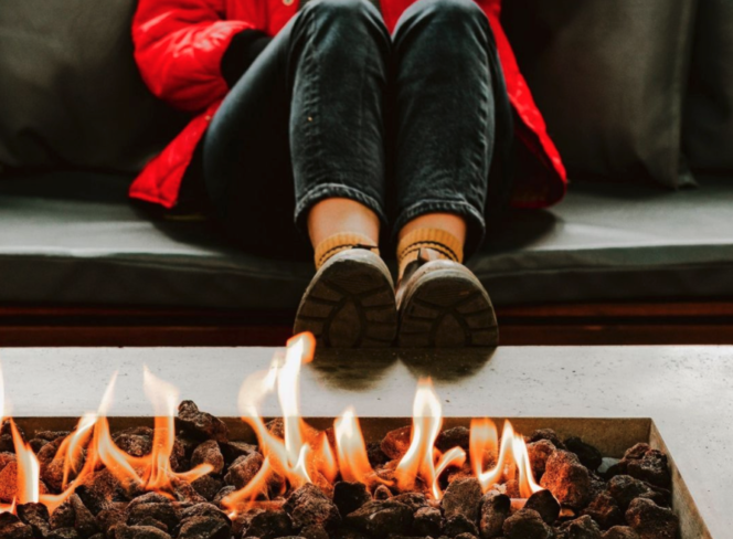 Fireplaces Vancouver cozy - The Burrard