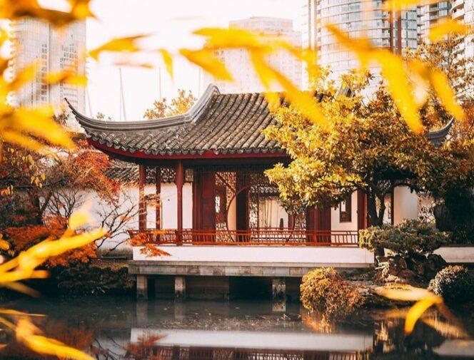 Dr. Sun Yat-Sen Garden in the fall. Find your zen in Vancouver.