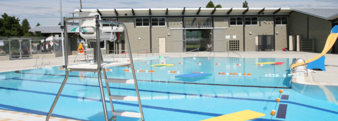 Moody Park Outdoor Pool in New Westminster