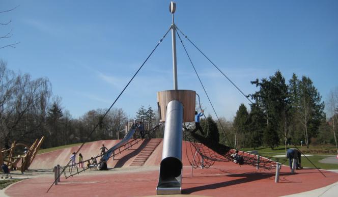 Garden City Park playground